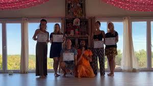31 days 200 hour intensive yoga teacher