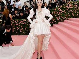 2019 Met Gala: Lily Collins Recreates Priscilla Presley's Iconic Wedding  Day Look