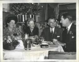 1943 Press Photo Director Wesley Ruggles | Historic Images