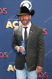 Singer Aaron Watson Stock Photo , #Sponsored, #Aaron, #Singer, #Watson,  #Photo #AD in 2020 | Singer, Country music awards, Photo
