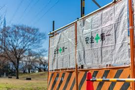 5 Reasons Why Construction Fence Signs Are A Must For Any Building Site