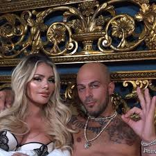Chloe Sims seals Abz Love romance with series of x-rated bedroom selfies  but fans are not happy with TOWIE star: 'Have some sense' - OK! Magazine