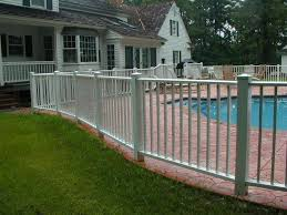 27 Awesome Pool Fence Ideas For Privacy And Protection In 2020 Aluminum Pool Fence Pool Landscaping Fence Around Pool