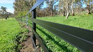 Why Choose Horserail Fencing Duncan Equine Group