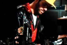 """Grammys 2017: Watch Adele Stop, Restart """"Fastlove"""" Performance During  George Michael Tribute 