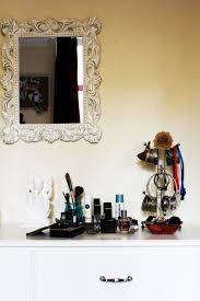 start wearing makeup