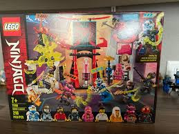 Bought my first Ninjago LEGO set after a long time and it feels good. I  mostly bought this set for the Pink Zane outfit, which was a minifigure  I've wanted in my