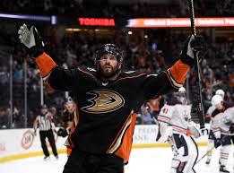 Why the Anaheim Ducks need to retain Adam Henrique