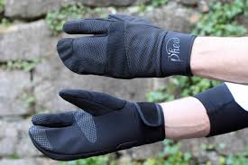 Outer Shell Winter Cycling Gloves ...