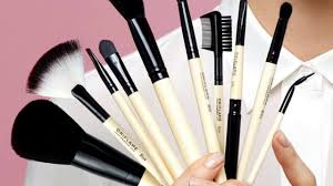 the top 15 best makeup brushes in the