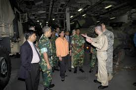 File:US Navy 071124-N-5142K-171 Cmdr. Peter Pagano, Executive Officer, USS  Kearsarge, gives Bangladeshi government and military officials a tour  during a humanitarian assistance capabilities brief.jpg - Wikimedia Commons