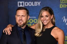 SEAL Team' Star AJ Buckley And Wife Abigail Ochse Welcome Twins |  ETCanada.com