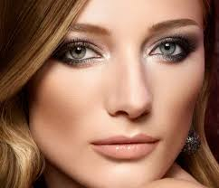 makeup for brown hair and hazel eyes