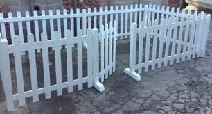 Heavy Duty Free Standing White Picket Wooden Fences Rabbithouses In 2020 Backyard Fences Diy Dog Fence Wooden Fence