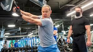 trophy fitness in dallas weles back