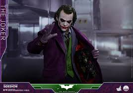 the joker 1 4 scale figure by hot toys