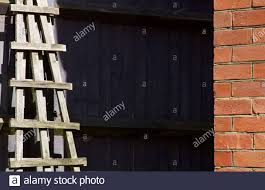 Trellis Fencing High Resolution Stock Photography And Images Alamy