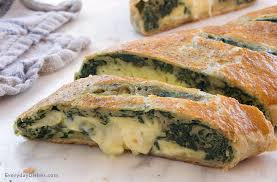 spinach and egg breakfast stromboli recipe