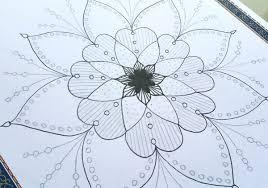 طريقتي في رسم الزخارف المحورية بالمفكرة