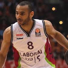 Report: Barcelona seeking to acquire Spurs' prospect Adam Hanga | KABB