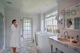 walk in bathtub contractor alone