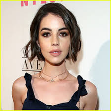 Adelaide Kane Talks Relationships for First Time, Says She Left Previous  Boyfriend for a New Man   Adelaide Kane   Just Jared