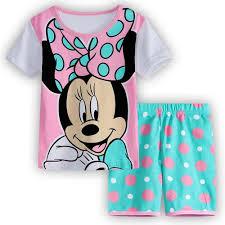 Set đồ ngủ in hình chuột Mickey dễ thương cho bé gái giảm chỉ còn 101,500 đ