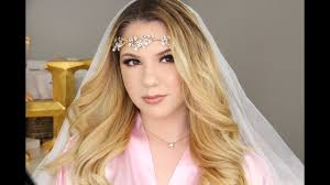 bridal makeup look using peachy and