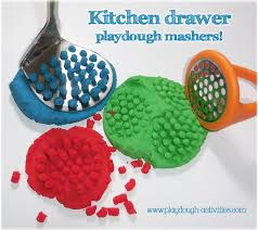 Playdough mash - find tools in the kitchen for children to play ...