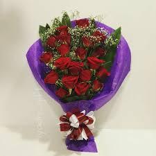 توصيل هدايا في الرياض بوكيه ورد جوري مستطيل بوكيه ورد جوري أحمر