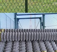 Vinyl Pvc Coated Welded Hareware Chain Link Fence Black And Green