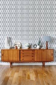 a fun layla faye wallpaper design