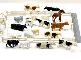 Vintage Toy Farm Animals With Fence Plastic Animals Plastic Fence Assortment Pigs Cows Sheep Horse Goat Tim Mee Set In 2020 Farm Animals Cow Animals