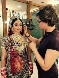 makeup artist in east delhi saubhaya