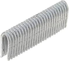 Amazon Com Freeman Fs9g175 9 Gauge 1 3 4 Barbed Fencing Staples 1000 Count Corrosion And Rust Resistant Home Improvement