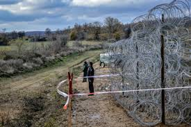 Hungary To Build Fence At Serbian Border Euractiv Com