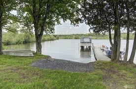 lac drolet estrie superbe chalet au