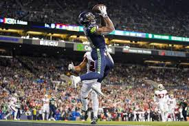 WATCH: Seahawks' D.K. Metcalf shows off insane hops on hurdle jumps