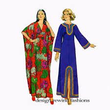 1970s womens caftan pattern v neck boho