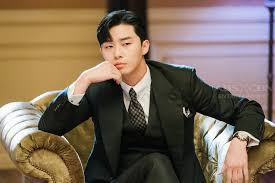 """LOOK: Park Seo Joon as Ivan Lee on """"What's Wrong With Secretary Kim?"""" 