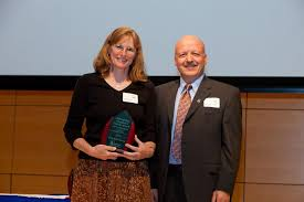 Outstanding Linguistics Student Award: The Lou Fant Award (ASL/English  Interpreting Concentration): Polly Lawson | Department of Linguistics |  University of Southern Maine