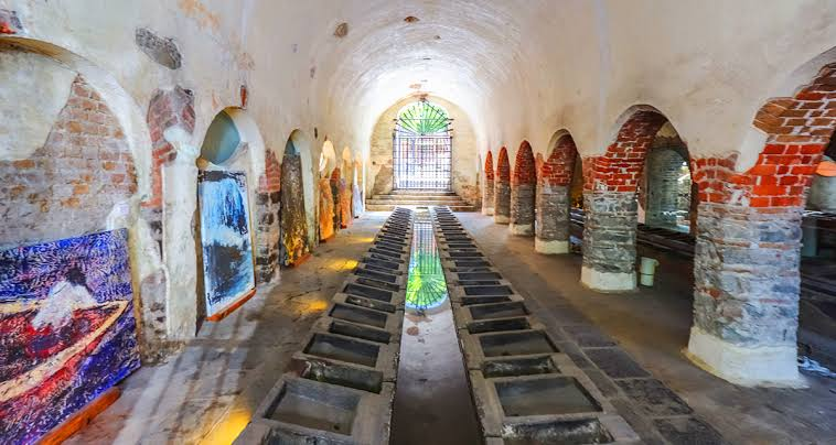 interior de los lavaderos de Almoloya
