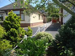 Enhance Your Driveway With Our Plastic Posts And Chains