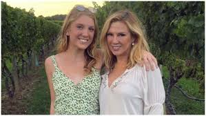 Avery Singer, Ramona & Mario Singer's Daughter: 5 Fast Facts   Heavy.com