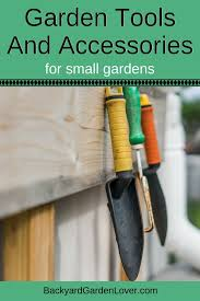 must have garden tools and accessories