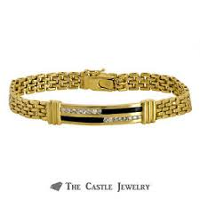 bracelet crafted in 14k yellow gold