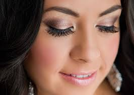 makeup looks for brunettes with brown