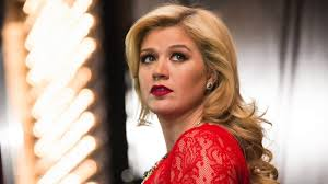 Someone Like You - Adele - Kelly Clarkson's cover (LIVE) - YouTube