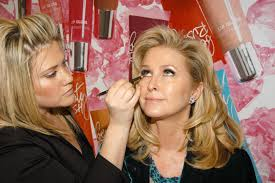 7 best eye makeup tips and tricks for