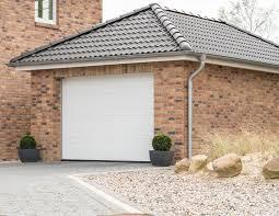 installing insulation in garage walls